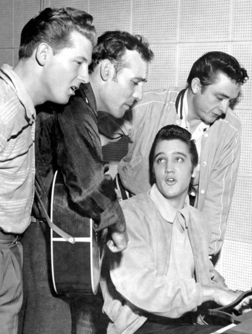 naybernardes:  Elvis Presley and Johnny Cash | via Tumblr no We Heart It. http://weheartit.com/entry/57867040