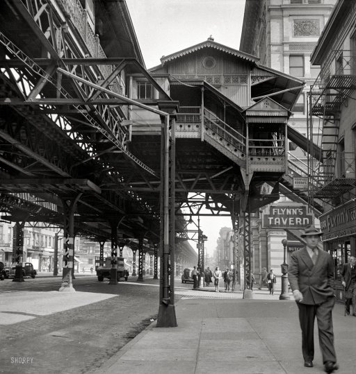 historicalgotham:  Elevated 18th: New York City Elevated Railway, 1942 (via Shorpy Historical Photo Archive)
