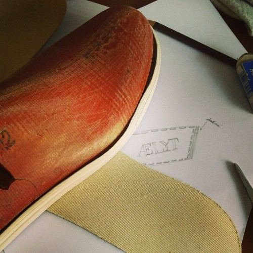 #ss2014 #sneakers #concept #shoemaking #pattern #design #aelyt #luxury #fashion #handmade #shoes #bespoke #leather #madeinitaly #style #sport #glamour #instafashion #instacool #moda #workinprogress #craftmanship #createyourownstyle #scarpe