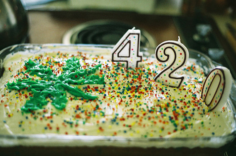stonerthings:  Celebrate.