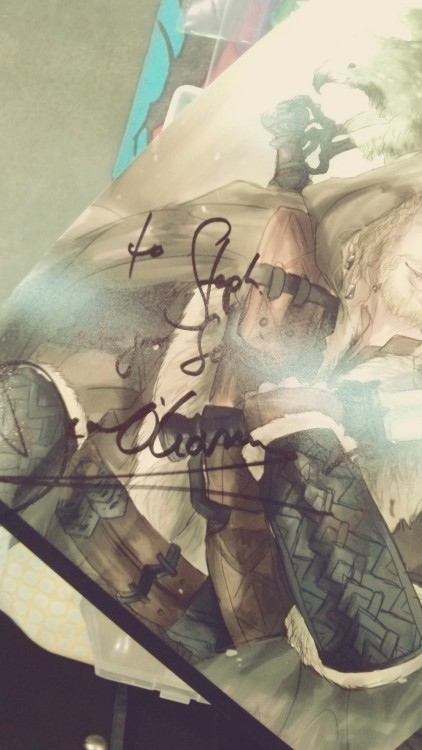 "tumbloncat:  SATURDAY SUPANOVA - MELBOURNE, AUSTRALIA. SIGNATURES OF DEAN O'GORMAN AND GRAHAM MCTAVISH FOR STEPH, ON HER RIDICULOUSLY FAB ART. THEY BOTH TOOK A COPY HOME AND LIKE THEY WERE SO NICE AND DEAN TOOK HIS LUNCH BREAK LATE BECAUSE HE DIDN'T WANT US TO WAIT FOR HIM TO RETURN AND JUST UTGFDDFGHGF.      SCREECHING ALL AROUND BECAUSE THEY WERE NICE ENOUGH TO TAKE A COPY OF MY ART HOME AAAH AAAAAAAAAH  AND THE DEAN'O WROTE ""AT YOUR SERVICE"" ON MY ONE SJDSIJDFOSF  LONC YOU ARE THE BEST"