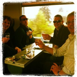 Prosecco on the FrecciaBianca from #verona to #venice. #italy #benefitsoftravelinginfirst
