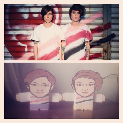 Made these paper toys of @teganandsara :3 ha! :p #papertoys #teganandsara
