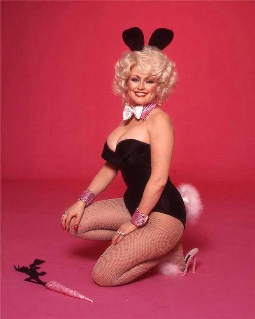 maudelynn:  Dolly in Playboy c.1978 viadollypartonfans.co.uk