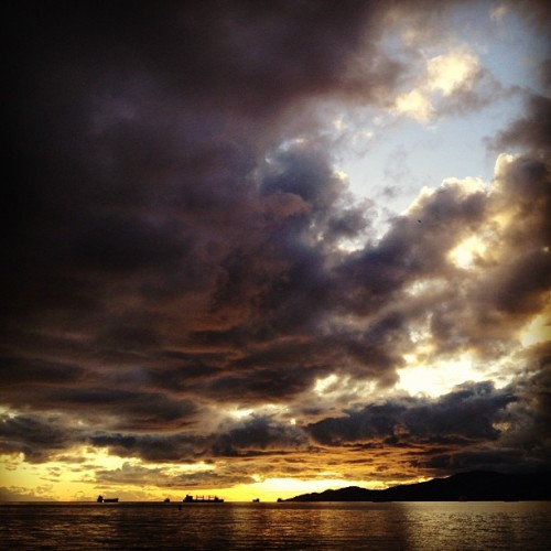 crystalchinglee:  Vancouver after the storm. (Too embarrassed to post most of my instagram photos)
