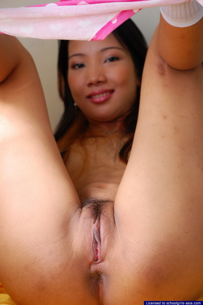 close pussy up girl Filipina