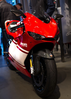 sexfoodbikesetc:  Ducatis 024 by J Martel1 on Flickr.