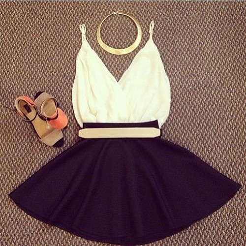 jimanieitsgaby:  Cute Date Outfit | Fashion on @weheartit.com - http://whrt.it/14Oz9YM
