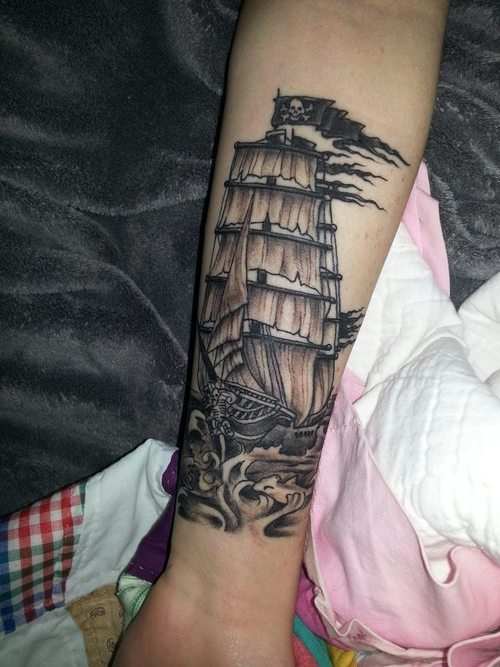My Pirate Ship Tattoo that was done by Hold Fast Tattoo's in Iowa. Decided to get this done because I'm starting life on my own (I have for a while actually) and I'm free to do what I want, live the way I want to.