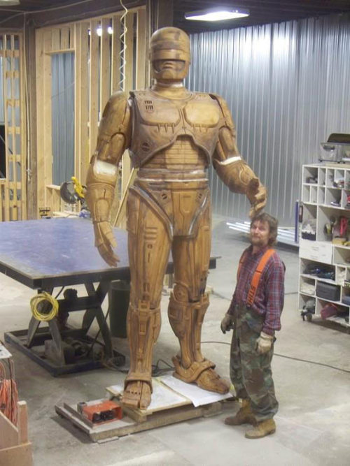 Detroit's Robocop Statue is Coming Together