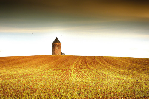 Monkton Doocot 2 (by Geordie1970)