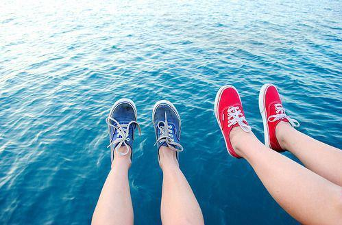 intheendyouralwaysalone:  VANS SHOES | via Facebook on We Heart It - http://weheartit.com/entry/61146823/via/shortstuff9457   Hearted from: https://www.facebook.com/photo.php?fbid=426109267483270&set=a.353570248070506.83267.353536064740591&type=1&theater
