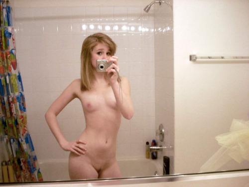 Small tits selfie