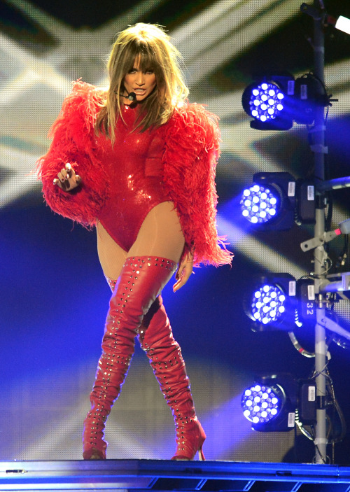 fuckyeahhotactress:  Jennifer Lopez – 2013 Billboard Music Awards  J.Lo outperformed everyone at the BMA last night. It was pretty much The Jennifer Lopez Music Awards to me. That's how much she owned the damn stage.
