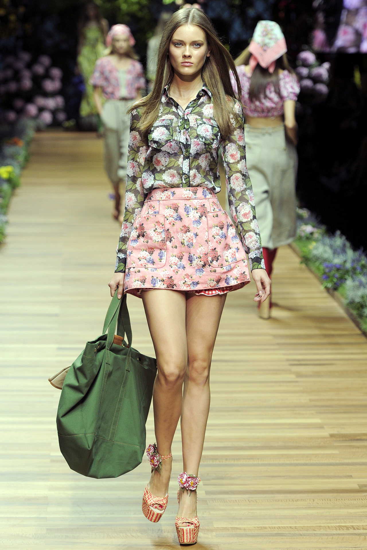 Model: Jac (Monika Jagaciak) - for D&G Spring 2011