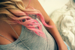 defines-me:  ✝Dip-Dye ✝ on We Heart It. http://weheartit.com/entry/57855829/via/lets_daydream