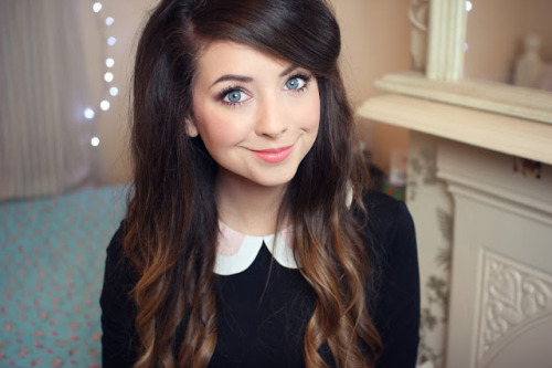 4riizona:  c4sey:  dizzydreaminq:  my fave youtuber <3333  I love her  omg she's perf