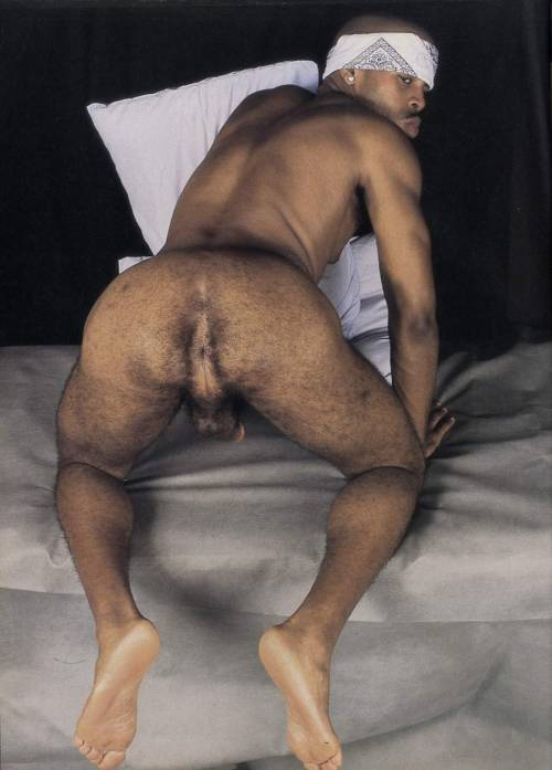riccardo58:smutmongler:I would suck his ass like my life depended on it.Good!