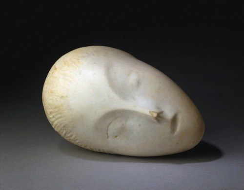efedra:  The Sleeping Muse,1909-10 by Constantin Brancusi