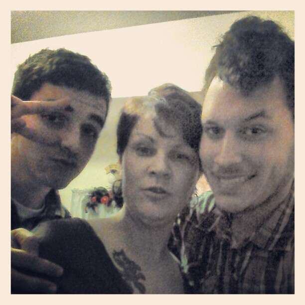Me, @fx0o, and Mary, good timesss~ #gpoy #me #family #birthday #drinking