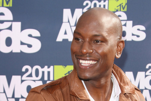 "AN OPEN LETTER TO TYRESE, FROM A ""FAT GIRL"" FANby April Ricchuito http://bit.ly/XG3hEn"