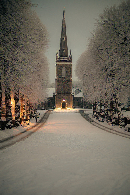 Hillsborough Parish Church at Night (in WInter) by {Flixelpix} David on Flickr.