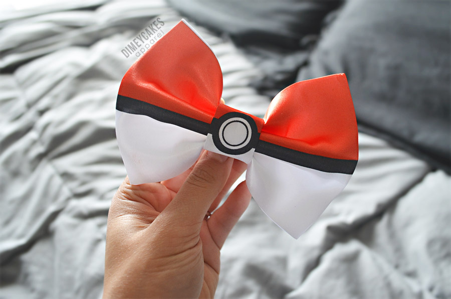 the-diamondlife:  Purchase my pokéball hair bow on my website! Dimeycakes.com - $9.00 and handmade!