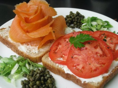 GORGEOUS lox platter! I asked for wheat toast over the pesto grilled bagel-it would have been tooo much to eat!