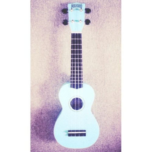 Yay my ukulele has arrived!!! (it's alot more blue-y than this) :D guys what do you think I should call it?