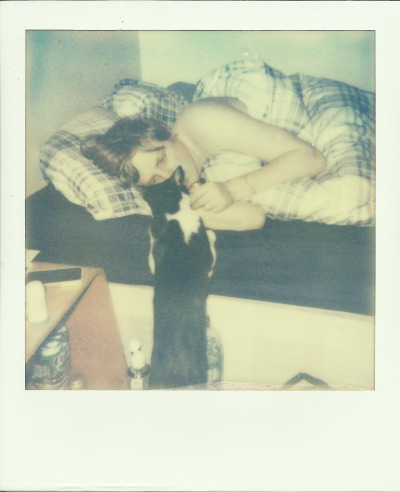 -polaroid:  Kisses