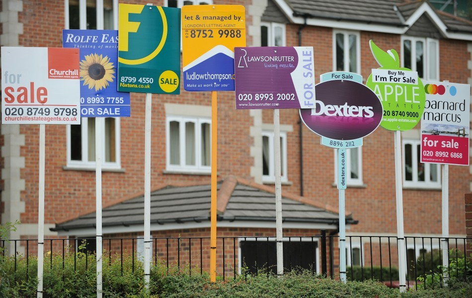 UK House Prices See Biggest Rise in Three Years - Halifax http://www.ibtimes.co.uk/articles/432038/20130206/uk-house-price-index-halifax-january.htm