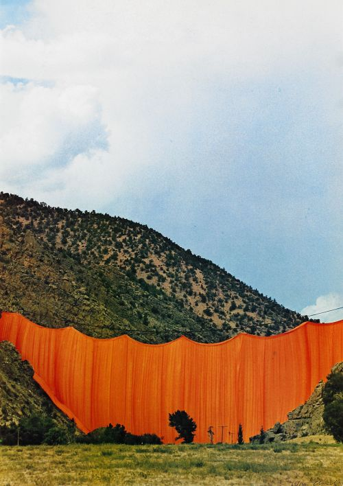wandrlust:  Valley Curtain, Rifle, Colorado, 1970-72 — Christo and Jeanne-Claude