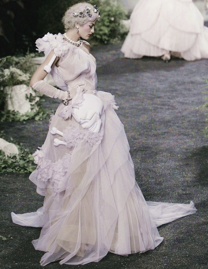 wink-smile-pout:  Christian Dior Haute Couture Fall 2005