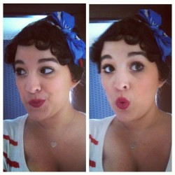 Finger waves ❤ #me #vain #hairdo #redlips