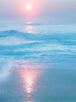 paradise beach | Tumblr on We Heart It - http://weheartit.com/entry/62003574/via/allegrall   Hearted from: http://ivanavy.tumblr.com/post/50257621065