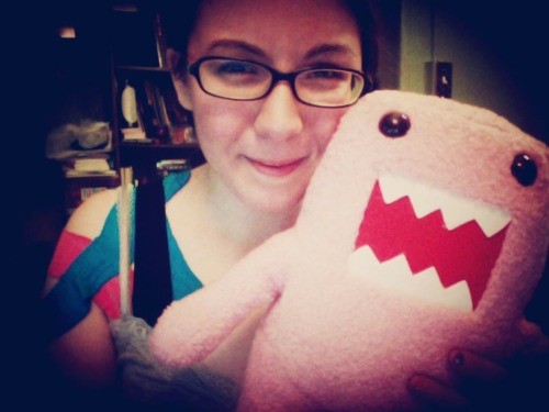found this squishy pink domo a couple of blocks away on knickerbocker for mega cheap.