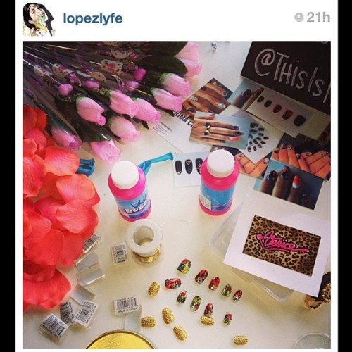 Regram from @lopezlyfe ! i spy some #Venice EXPENSIVE TASTE here ! 💅