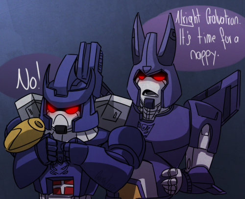 goingloco:  Then Cyclonus stuffs Galvatron in a snuggie while being punched. Basically season 3.
