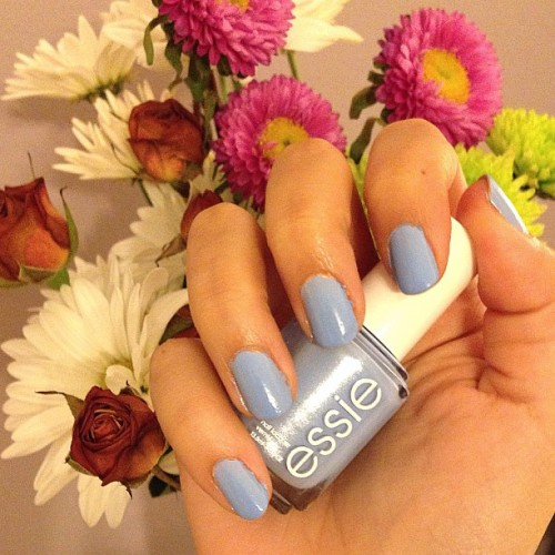 The first blue nail polish that I can stand to wear. #essie #bikinisoteeny #prettypolish 💕💅💐