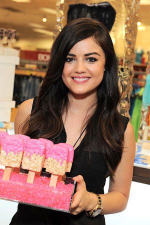 Lucy Hale is a busy Little Liar. With the new season set to premiere in less than a month (June 11th!), the star talked to us about her debut album and signature style »