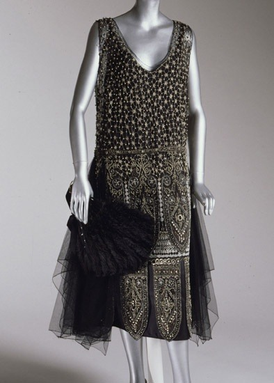 theantidote:  Dress 1925 Philadelphia Museum of Art  I want this dress so bad…
