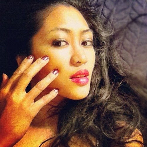 Feeling seductive. -#self #selfportrait #sexy #nails #lips #makeup #igers #igdaily #ignation #instafun #instagood #instagramhub #iphoneonly #iphoneography #bestpic