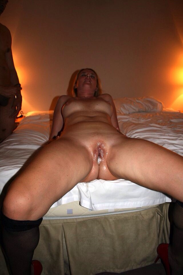 My wife cum on pussy