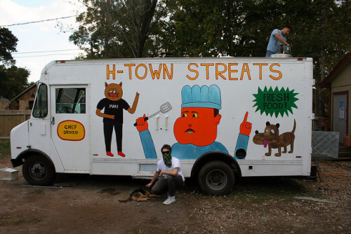 pizzzatime:  deadlylasagna: H - TOWN StrEATS by wtftw on Flickr.