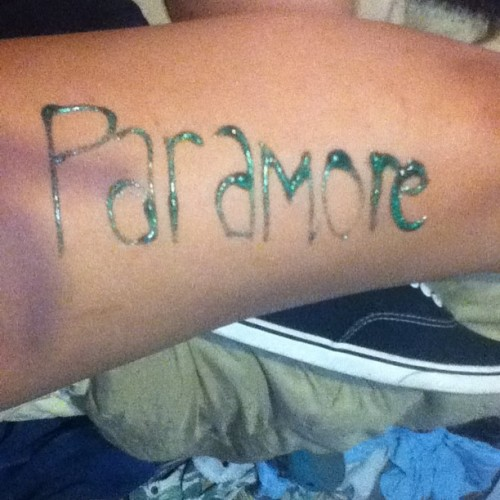 This is what happens when i find a glitter pen and paramore is on repeat #parawhore #paramore #glitterpen #repeat