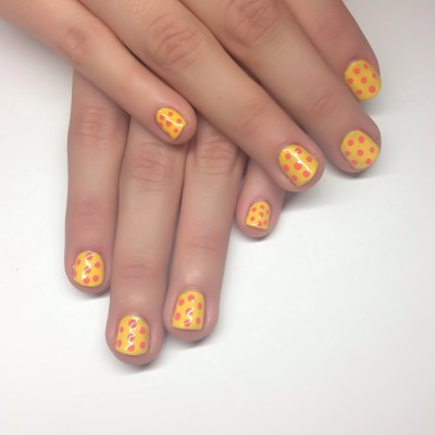 Yellow Polka Dot #mani for @breezycakkes #nails #polkadots #nailart