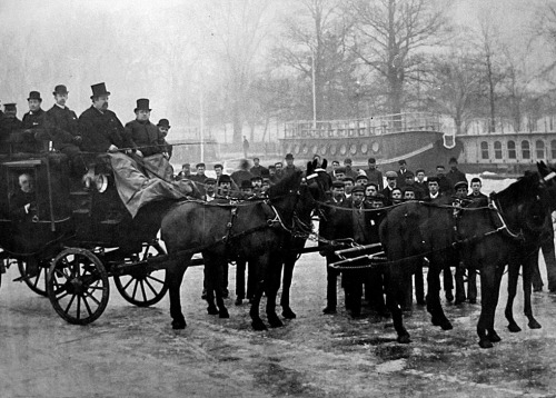 1890s: Chris Wild Carriage on the frozen Thames, Oxford.