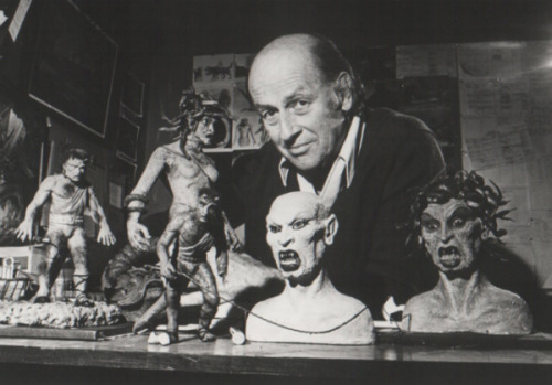 Ray Harryhausen 1920-2013 Ray Harryhausen is well regarded as a pioneer in the stop-motion animation world, known for creating a technique called Dynamation.