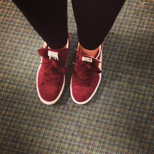 love my pumas #puma #suede #shoes #burgundy #leggings #love