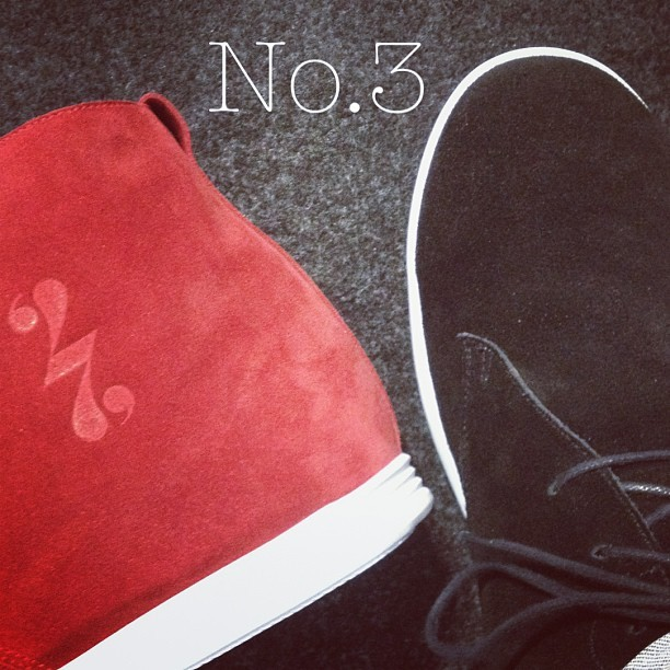 No.3 red & black